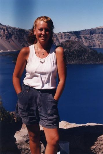 Cheryl in front of Crater Lake. Image: facebook.com