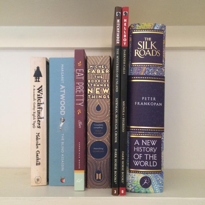 Christmas and birthday haul: new year, newbooks!